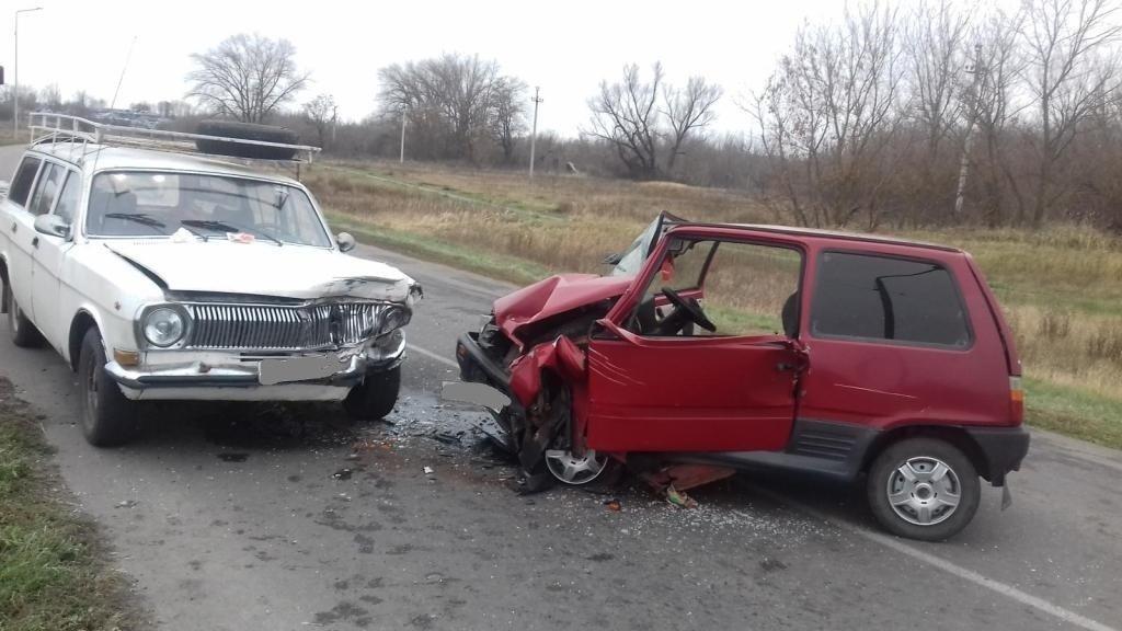 В Белгороде столкнулись четыре автомобиля, фото-4