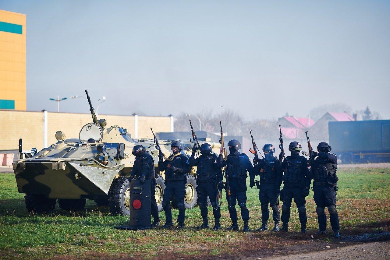 Испугавшую белгородцев стрельбу устроил ОМОН, фото-11