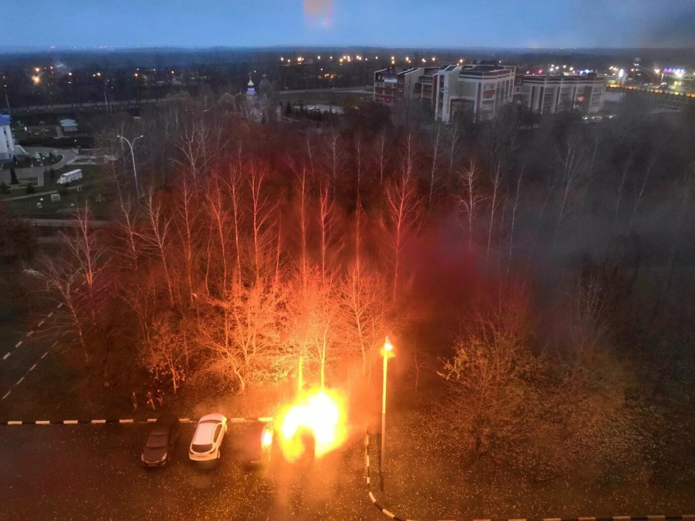 В Строителе на парковке сгорела «пятнашка»: есть пострадавший, фото-1