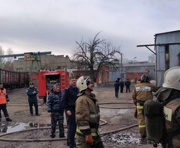 В Белгороде на ЖД вокзале загорелся вагон [обновлено], фото-1