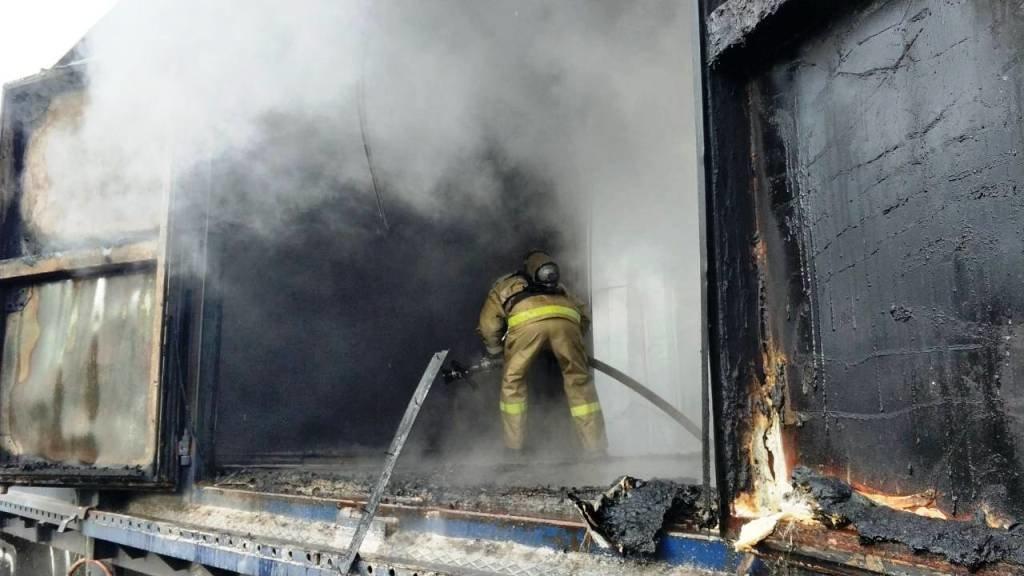 В Белгороде на ЖД вокзале загорелся вагон [обновлено], фото-2