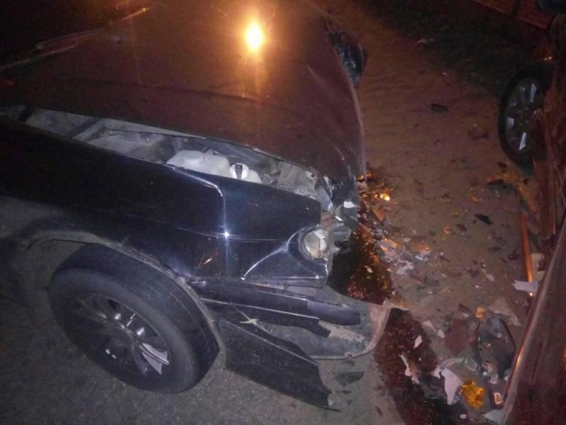 В Белгороде пьяный водитель спровоцировал массовое ДТП, фото-3