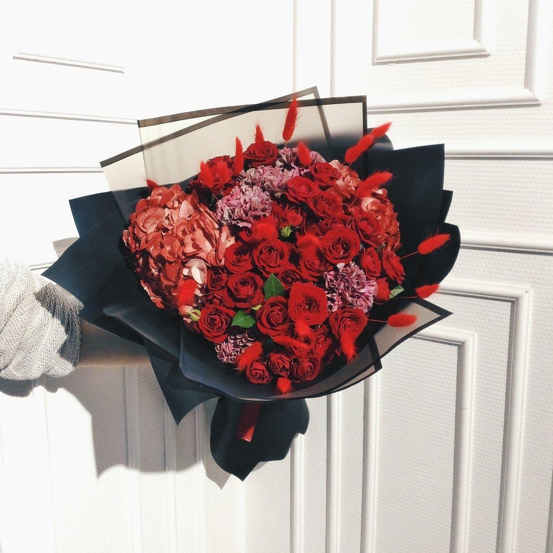 Оригинальные букеты для любимых мам — в цветочной лавке «Безе», фото-2