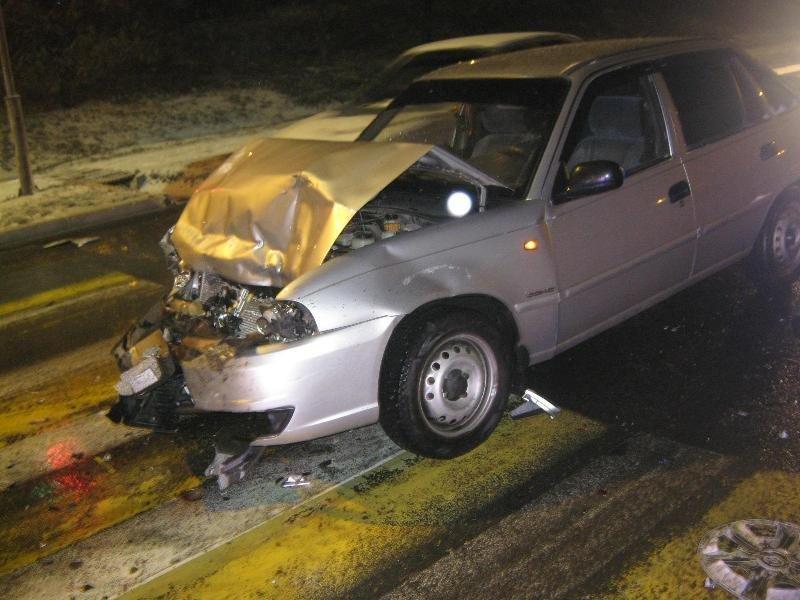 В Белгороде пьяный водитель спровоцировал ДТП: есть пострадавшие, фото-3