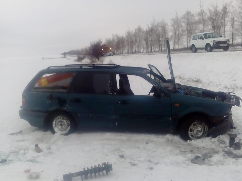 В Вейделевке перевернулась автомобилистка, фото-2