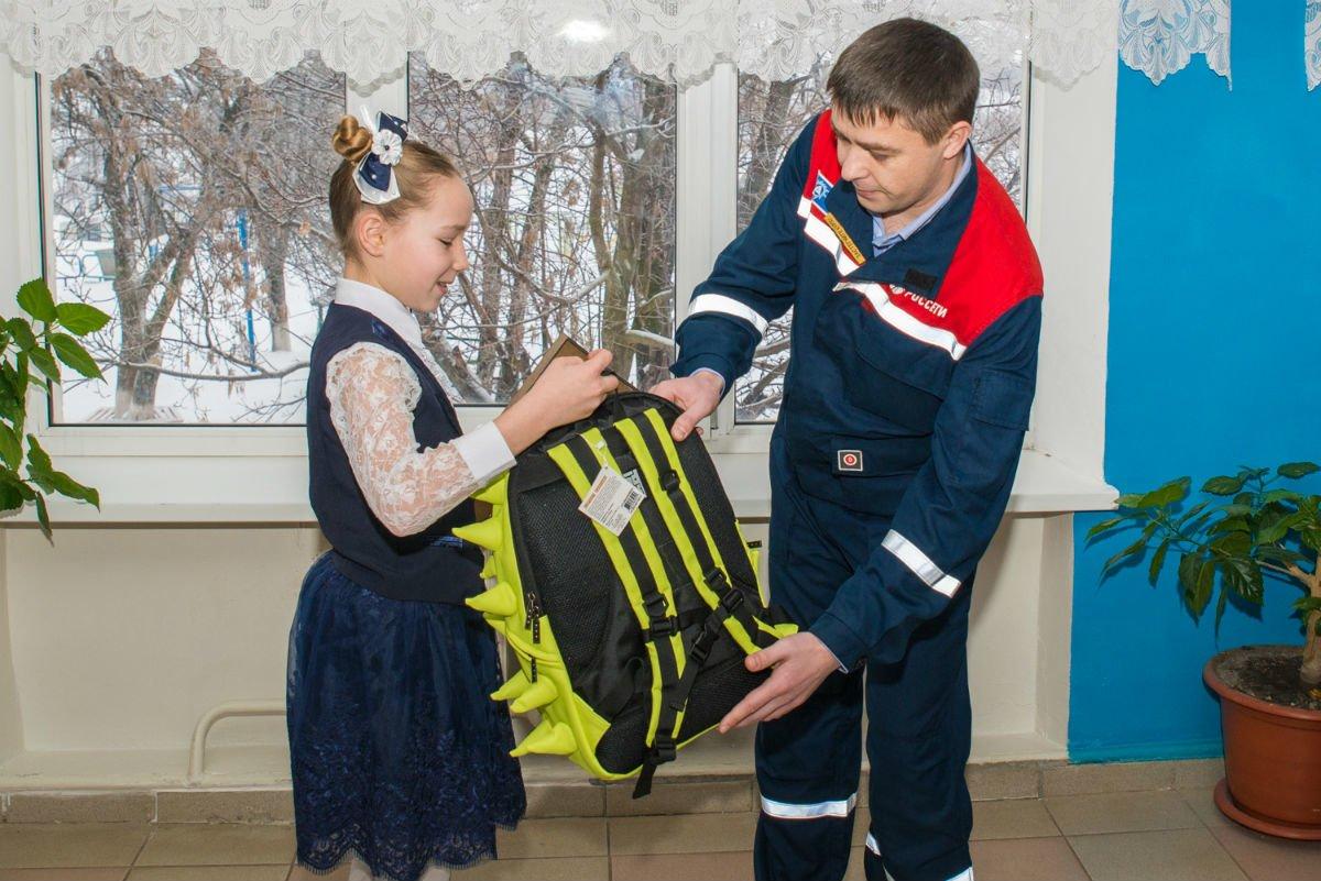 Белгородские энергетики поздравили школьницу из Волоконовки с победой  во Всероссийском конкурсе #ВместеЯрче, фото-1