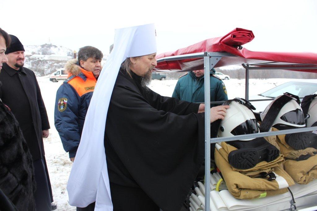 В Белгородской области священники создали добровольную пожарную дружину, фото-2