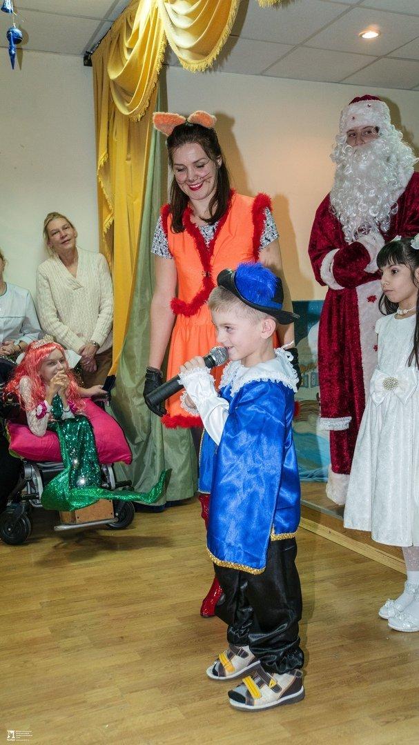 «Правдивцы» поздравили с Новым годом ребят из центров реабилитации для особенных детей, фото-7