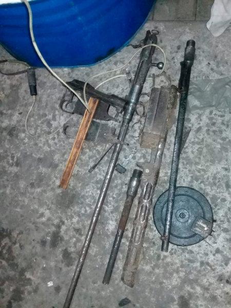 У жителя Губкина в гараже нашли арсенал оружия, фото-1
