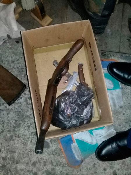 У жителя Губкина в гараже нашли арсенал оружия, фото-2