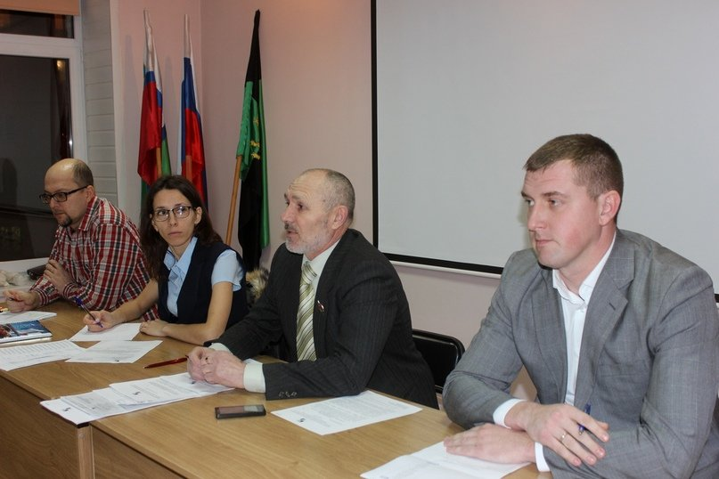 Василий Чамкаев (справа), фото vk.com/razumnoe_online