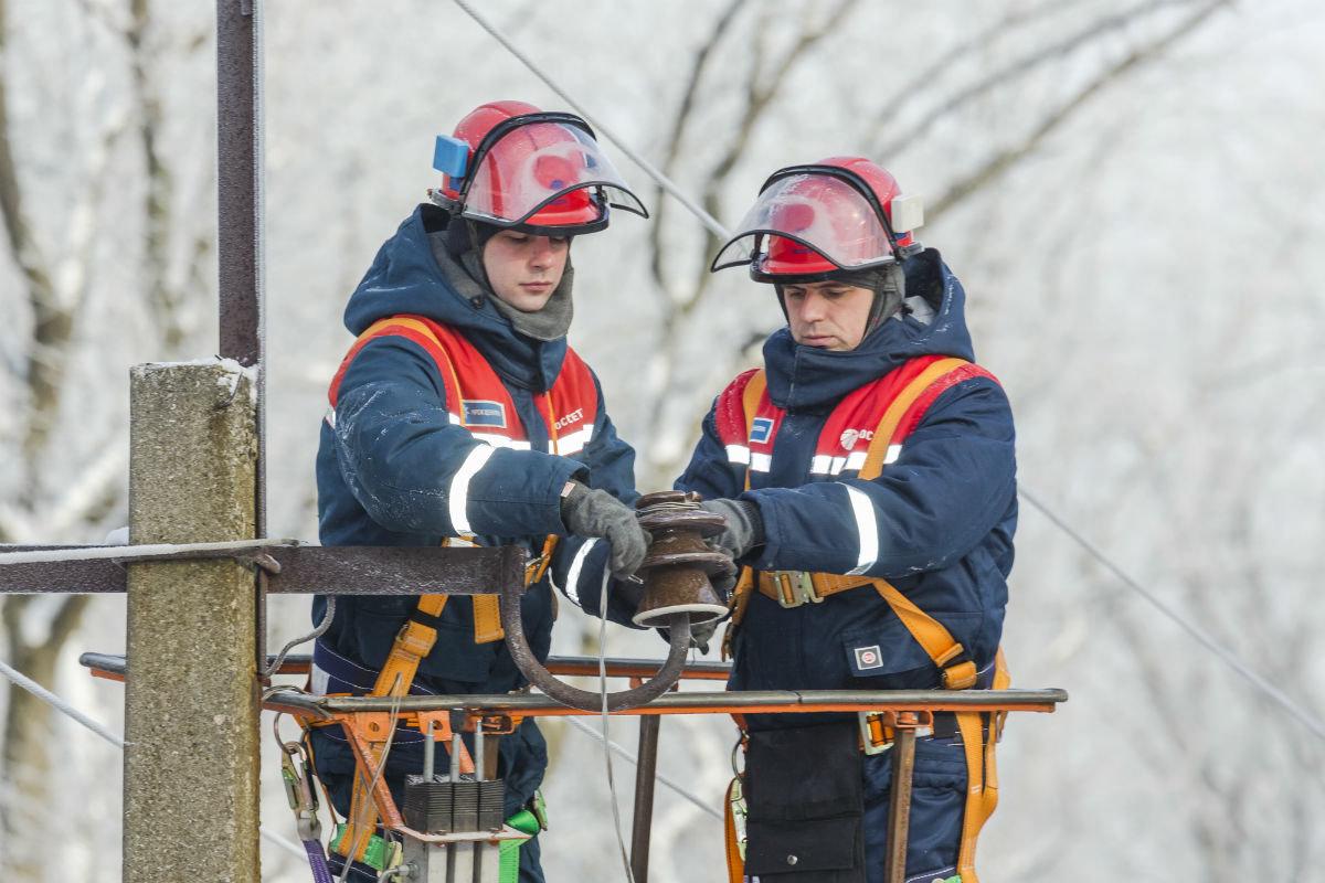 В Алексеевском районе восстановили нарушенное непогодой электроснабжение, фото-2