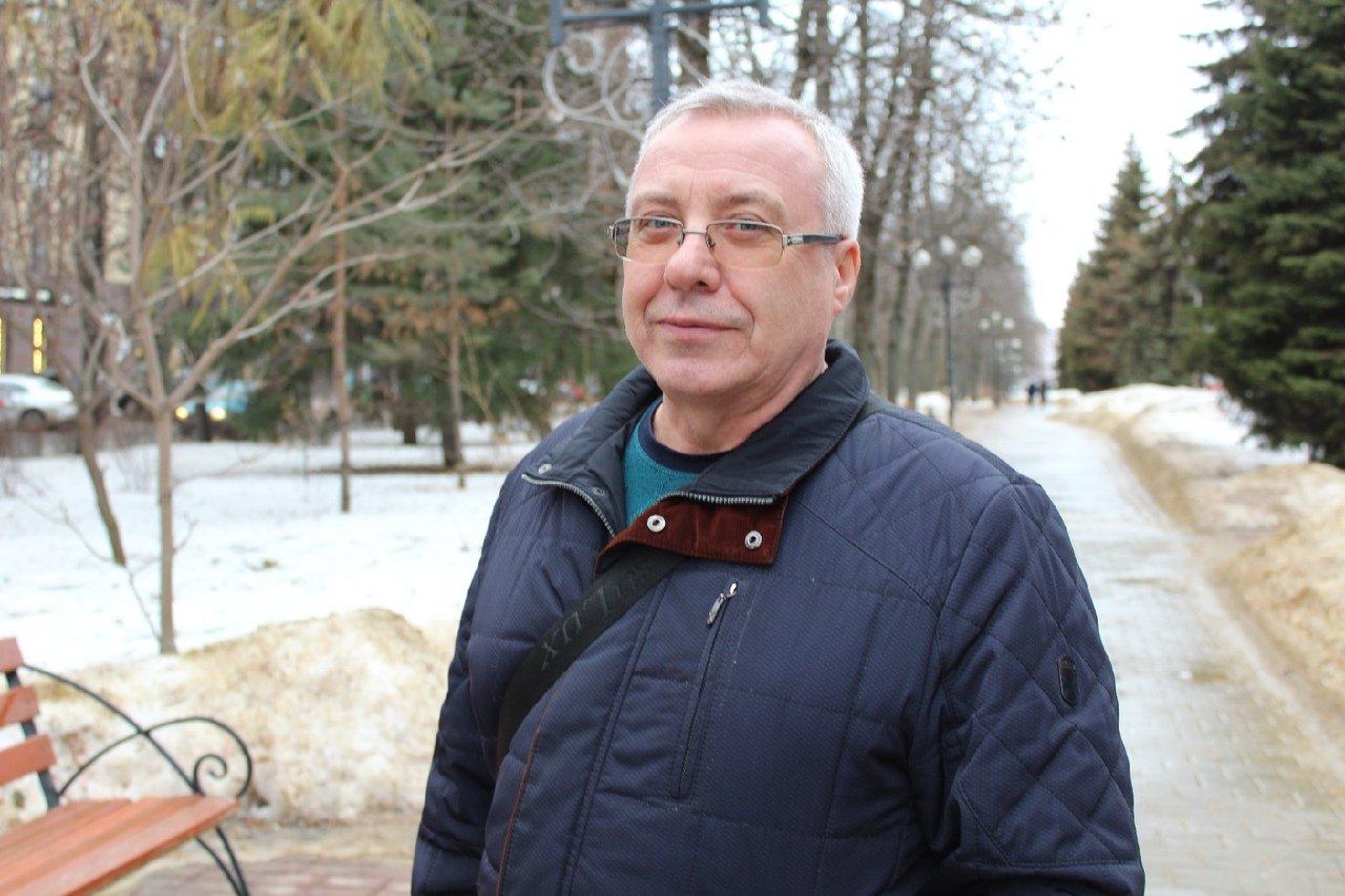 «Обувь портится из-за химикатов, скользко». Белгородцы оценили качество уборки снега на улицах города, фото-9