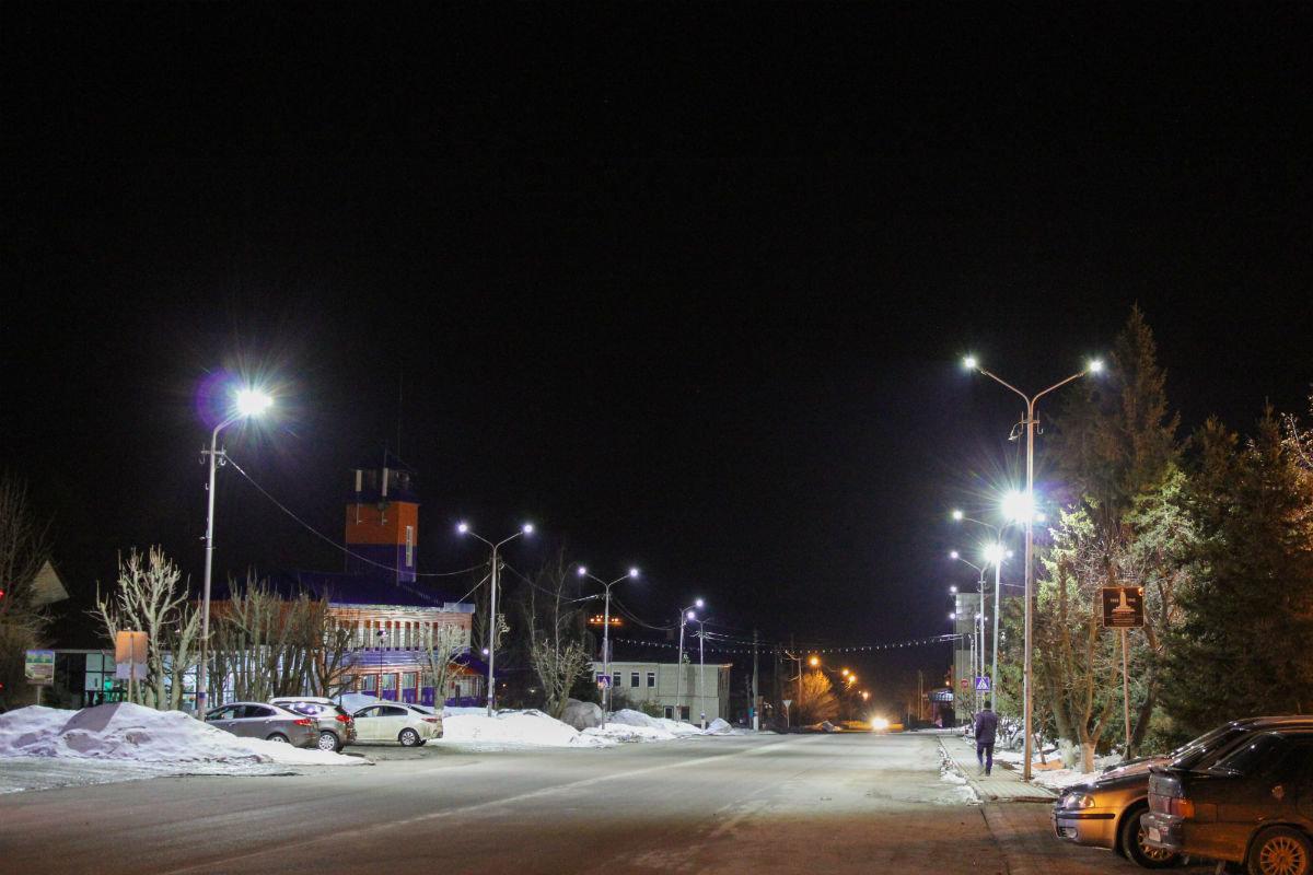 Инновационные уличные светильники устанавливаются в Валуйках, фото-2
