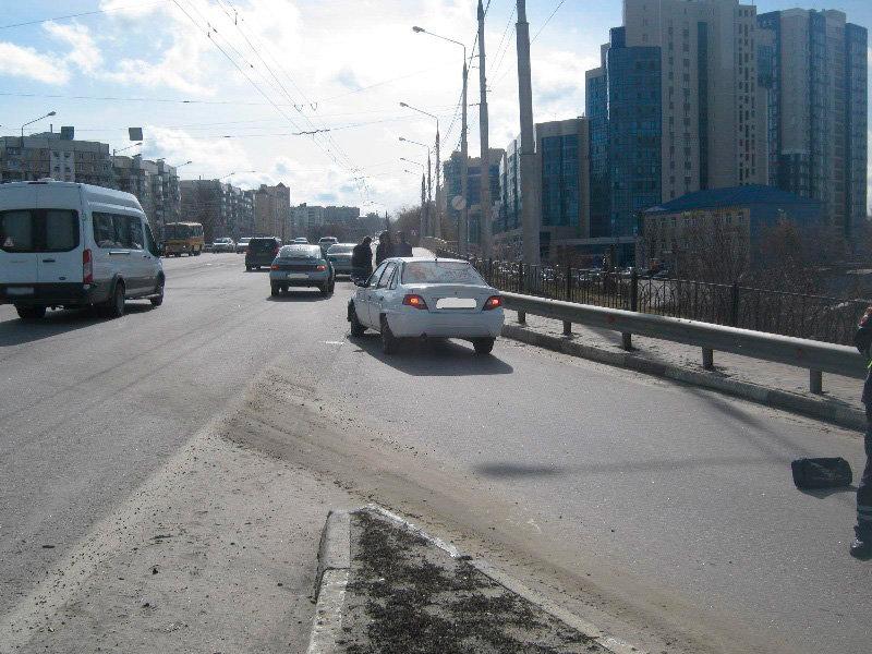 Под Старым Осколом иномарка сбила идущего по дороге мужчину, фото-2