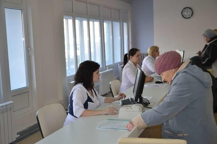 Старооскольскую поликлинику №1 отремонтировали за 50 млн рублей, фото-1