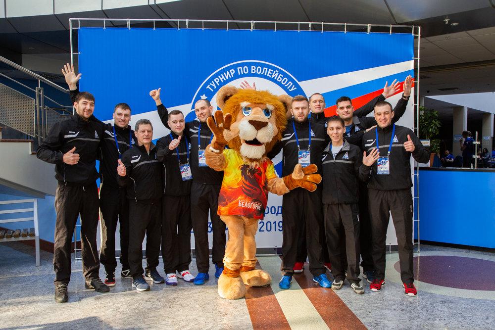 На два дня главной волейбольной площадкой электросетевого комплекса страны стал Белгород, фото-1