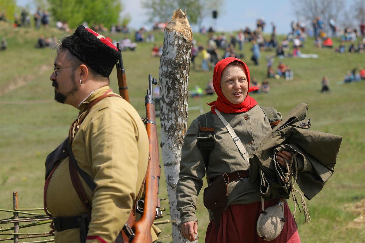 «Враги сожгли родную хату». Под Белгородом воссоздали сражение столетней давности, фото-6