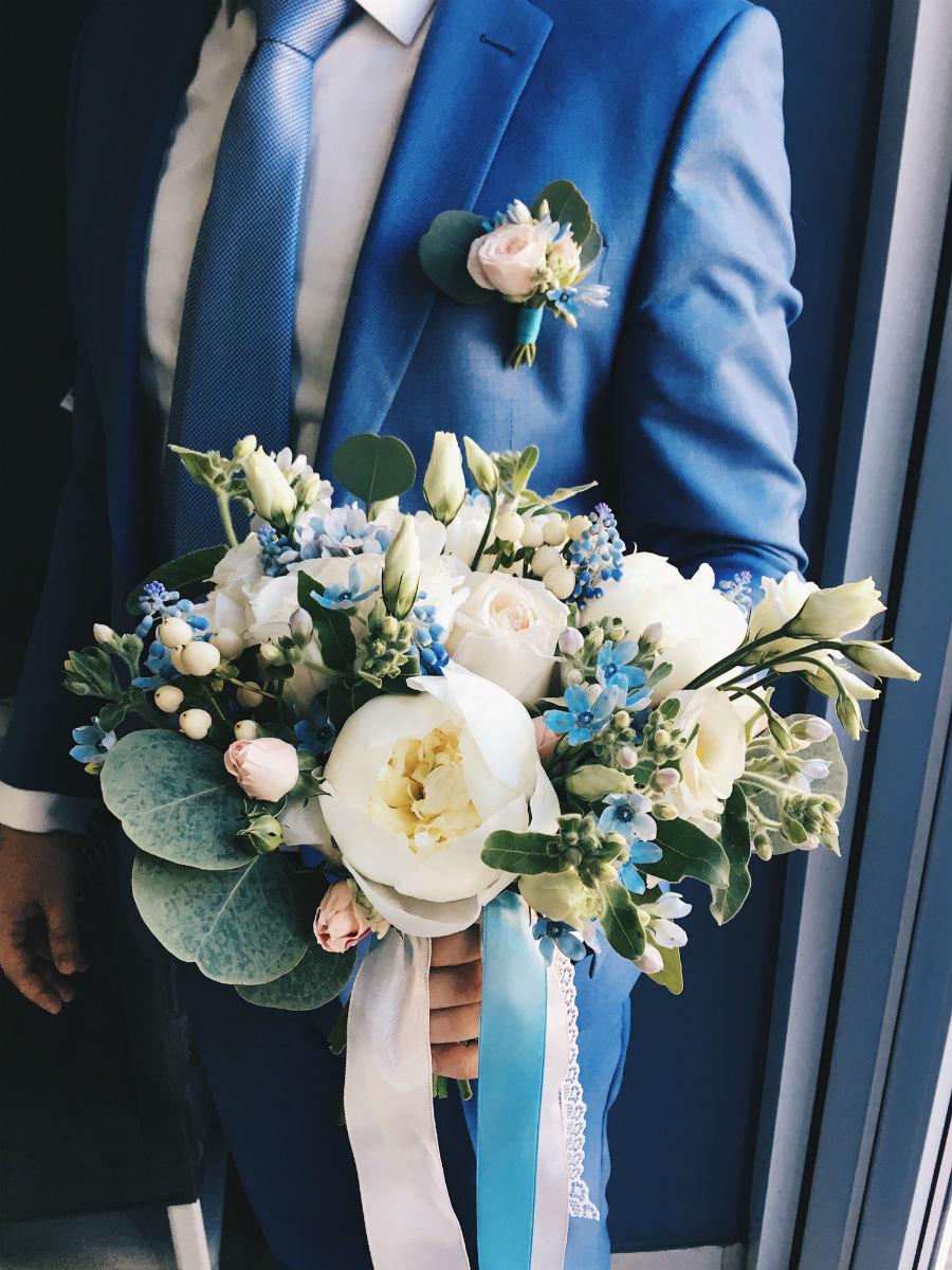 Поймать свадебный букет невесты. Что надо делать на чужой свадьбе, чтобы скоро выйти замуж, фото-8