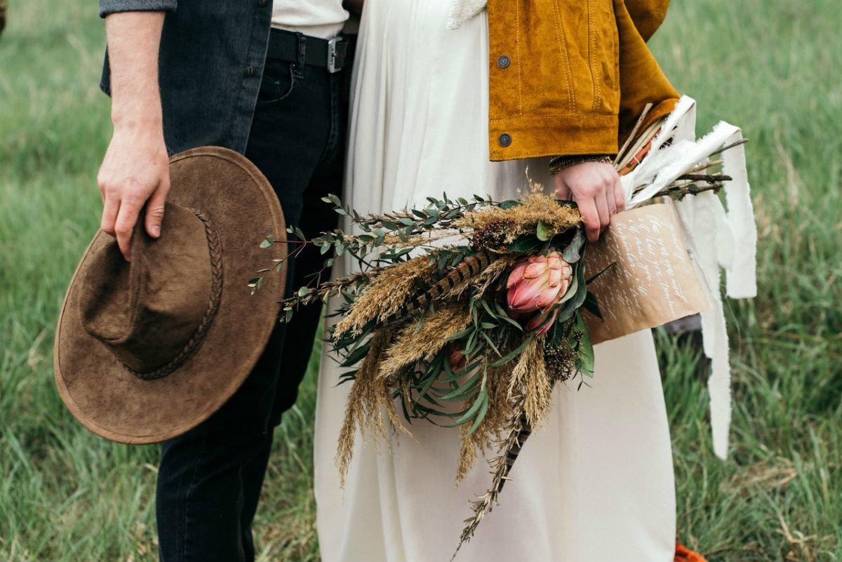 Поймать свадебный букет невесты. Что надо делать на чужой свадьбе, чтобы скоро выйти замуж, фото-2