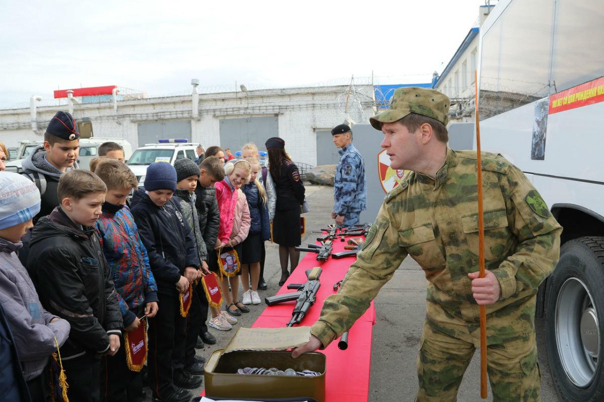 В дне открытых дверей Росгвардии приняли участие более 100 юных белгородцев, фото-8