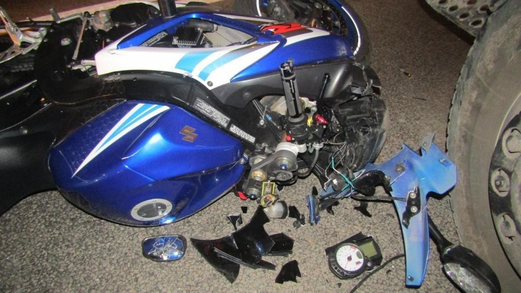 В Белгороде грузовик сбил мотоциклиста, фото-1