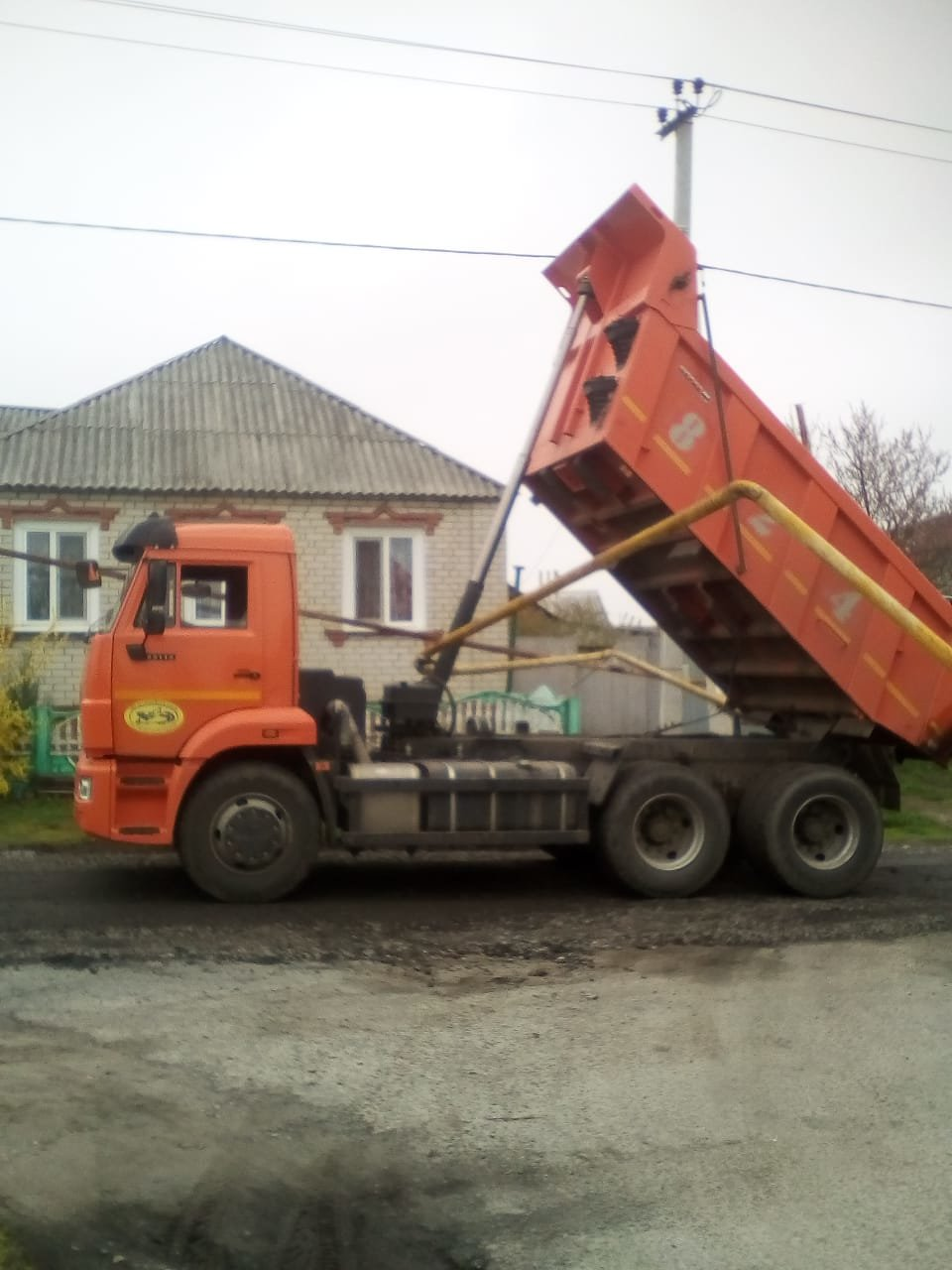 В Томаровке самосвал повредил газопровод, фото-2