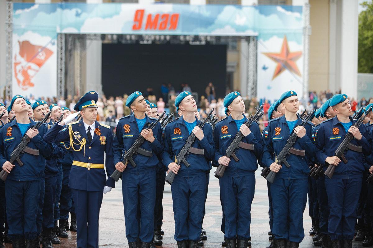 Десятки тысяч белгородцев поучаствовали в шествии «Бессмертного полка», фото-3, Фото: пресс-центр губернатора и правительства Белгородской области