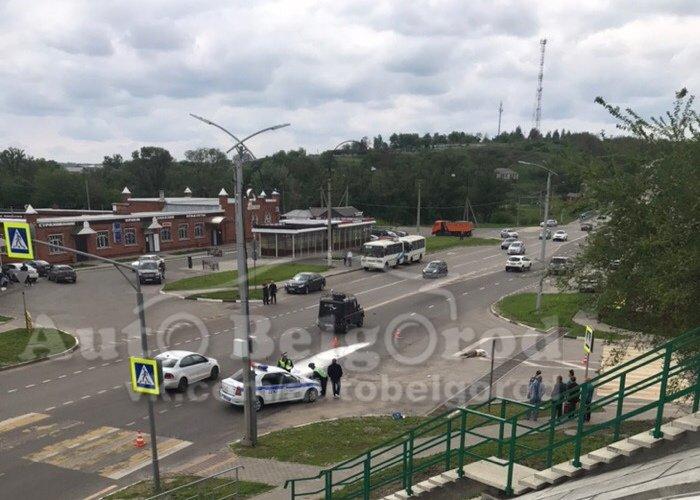 Внедорожник насмерть сбил женщину под Белгородом, фото-1, Фото: группа «Авто Белгород» в соцсети «ВКонтакте