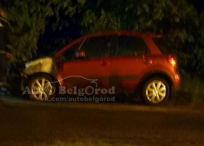 Ночью в Белгороде сгорела иномарка, фото-1, Фото: группа «Авто Белгород» в соцсети «ВКонтакте»