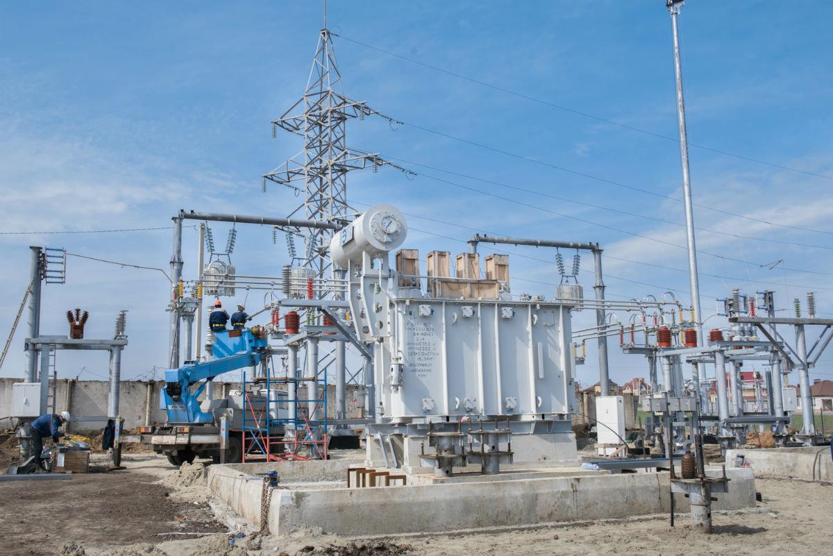 Инвестиции в развитие электросетевого комплекса региона в этом году превысят три миллиарда рублей, фото-5
