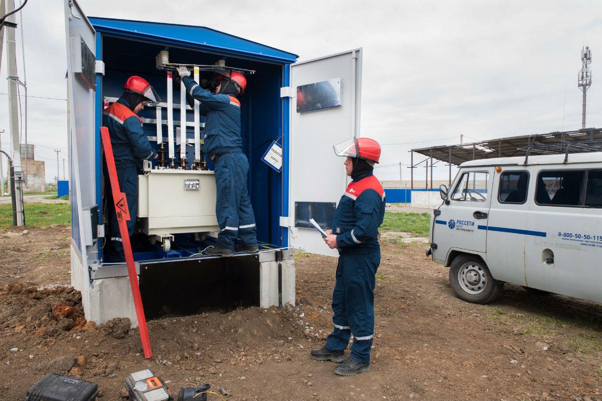Инвестиции в развитие электросетевого комплекса региона в этом году превысят три миллиарда рублей, фото-6