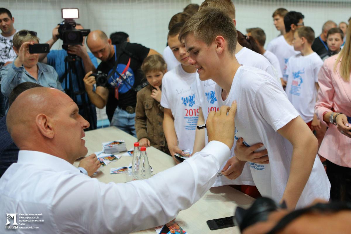 Международный турнир по греко-римской борьбе в Белгороде собрал более 250 участников, фото-6