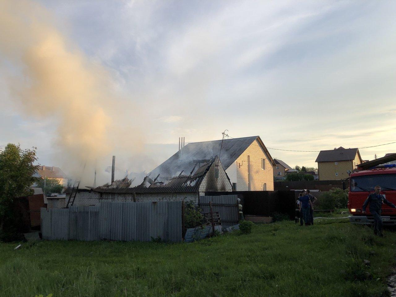 Под Белгородом сгорела баня, фото-1