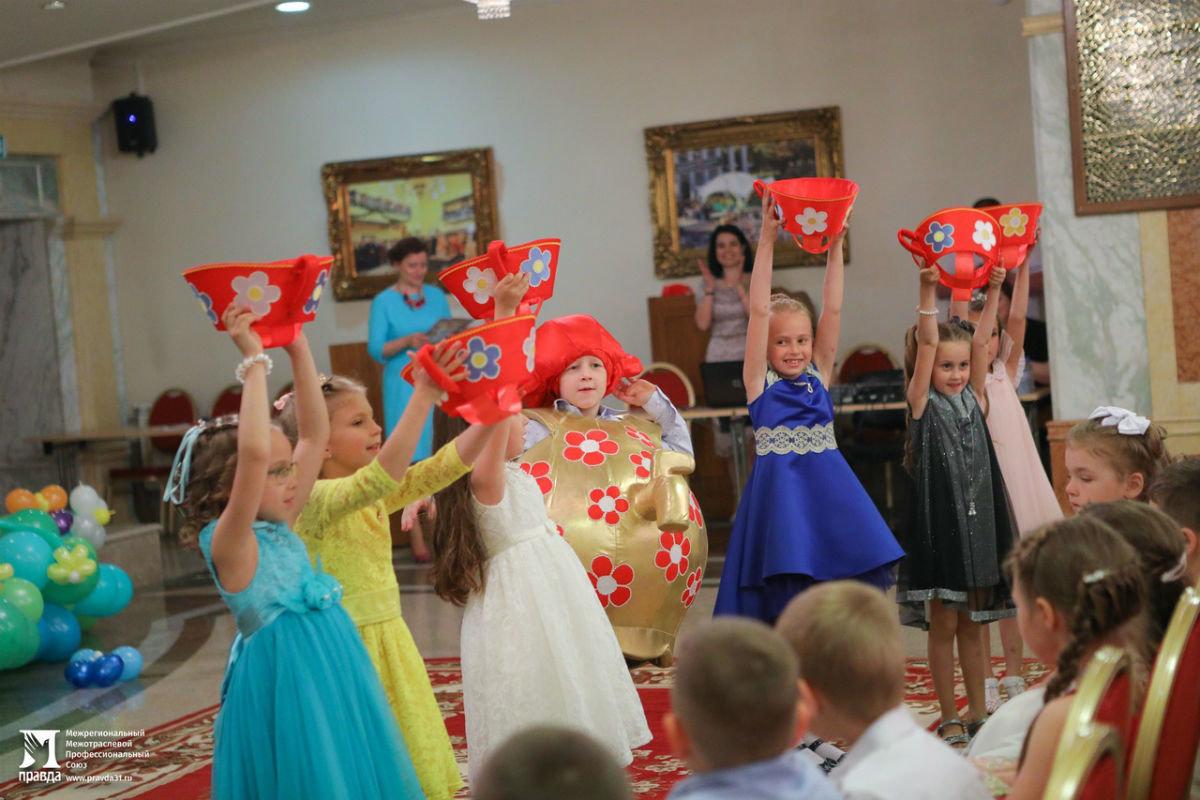Cергей Фуглаев поздравил воспитанников православного детского сада «Рождественский» с выпускным, фото-5
