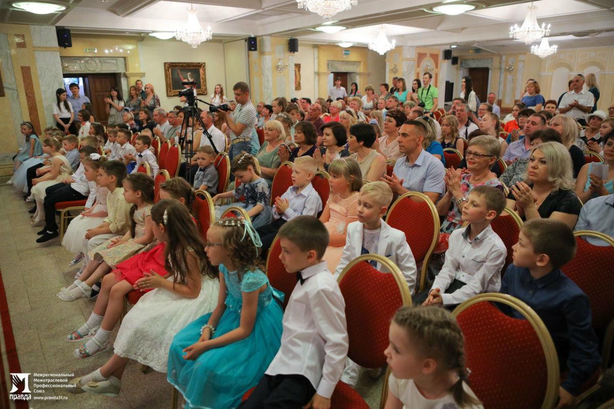 Cергей Фуглаев поздравил воспитанников православного детского сада «Рождественский» с выпускным, фото-6