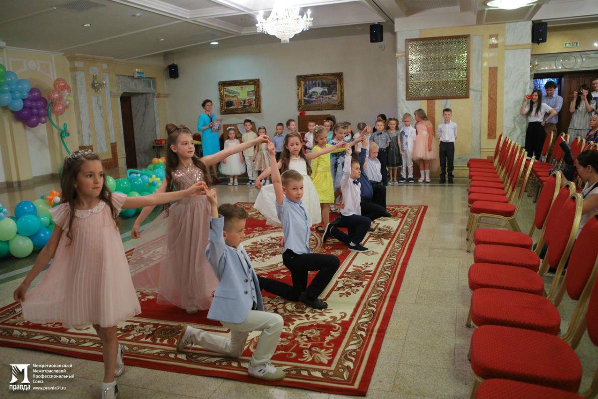 Cергей Фуглаев поздравил воспитанников православного детского сада «Рождественский» с выпускным, фото-10