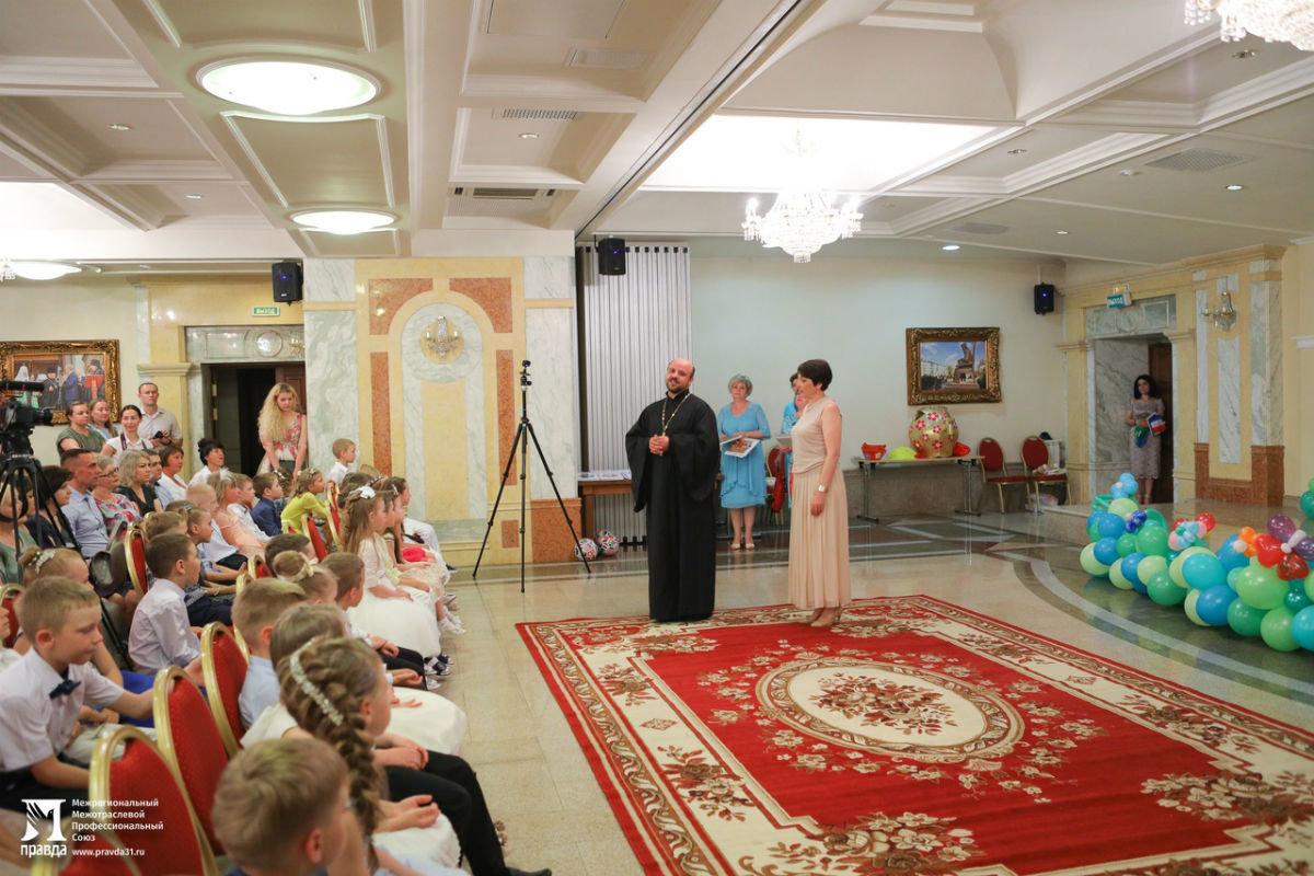 Cергей Фуглаев поздравил воспитанников православного детского сада «Рождественский» с выпускным, фото-9