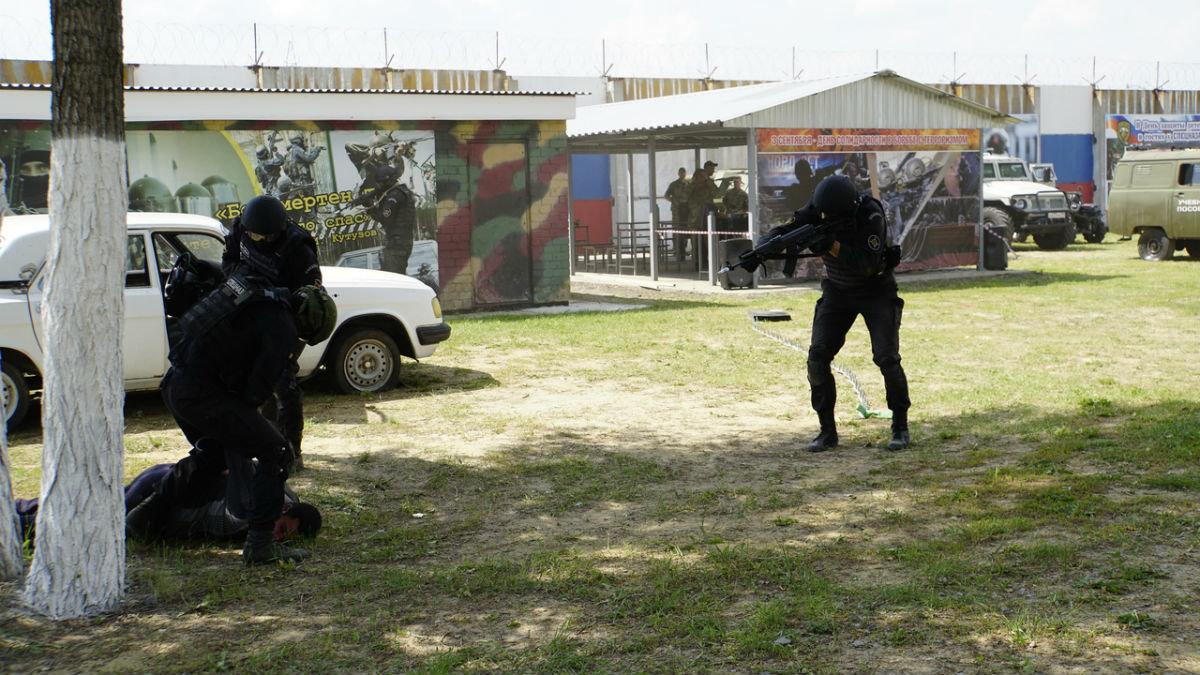На тренировочной базе спецотряда «Сокол» прошёл день открытых дверей, фото-2