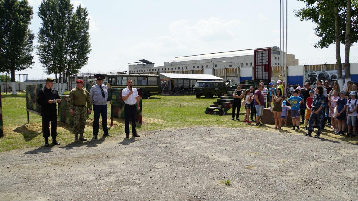 На тренировочной базе спецотряда «Сокол» прошёл день открытых дверей, фото-1