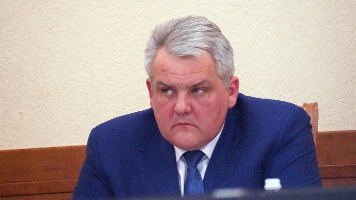 Хата с краю. Чем владеют чиновники мэрии Белгорода, фото-1