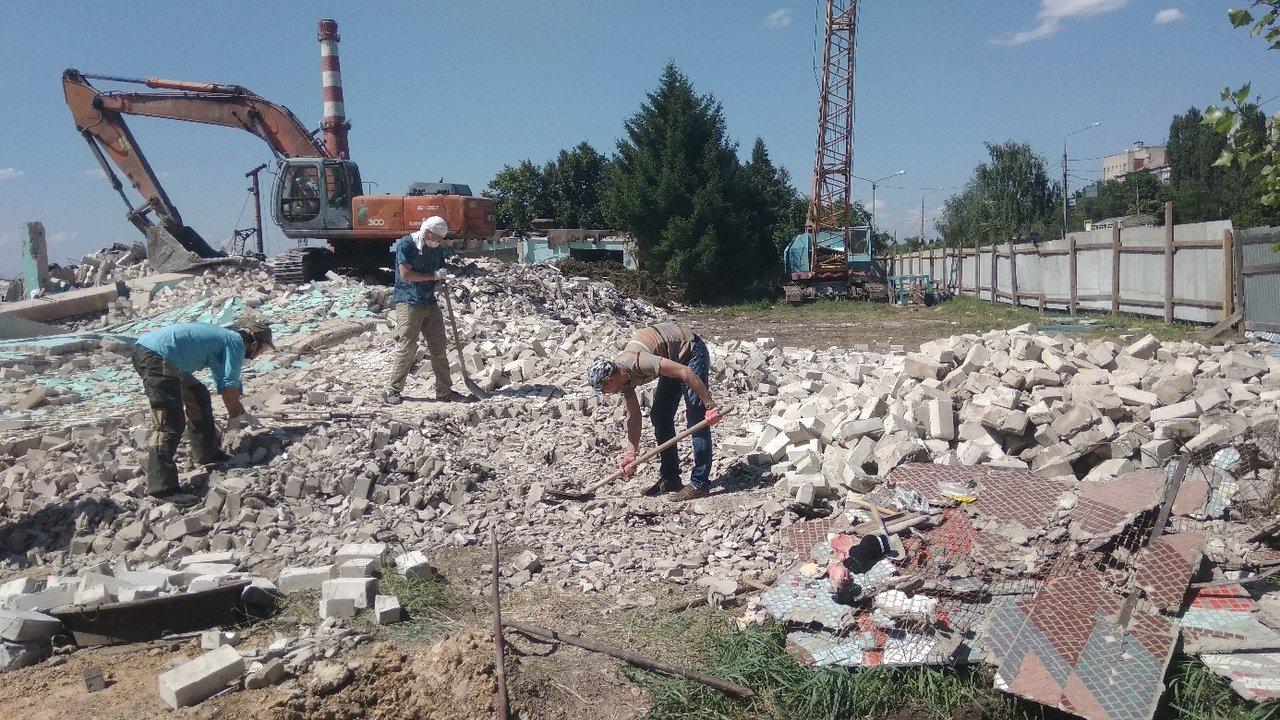 В Белгороде разрушили 120-метровую мозаику. Художники и архитекторы считают, что в Белгороде уничтожено произведение искусства, фото-2