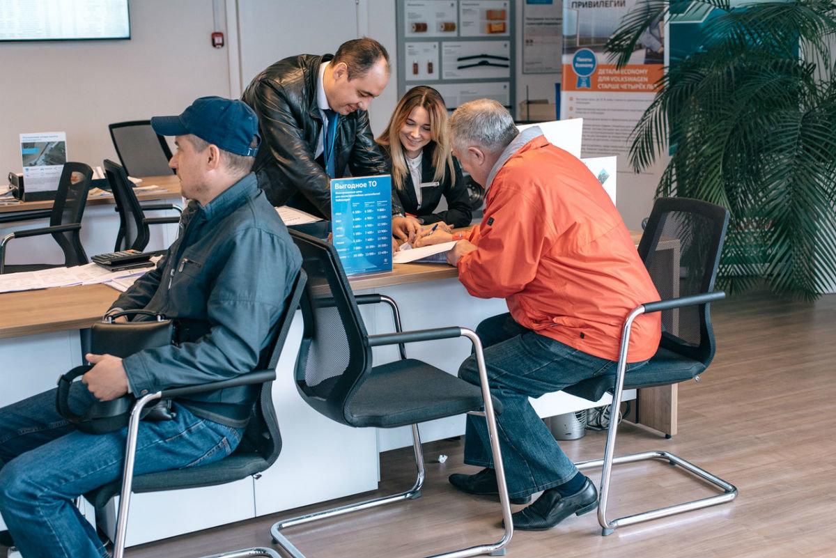 Официальный сервисный центр Volkswagen «Автоцентр Триумф»: «Народному автомобилю» - профессиональный уход, фото-2