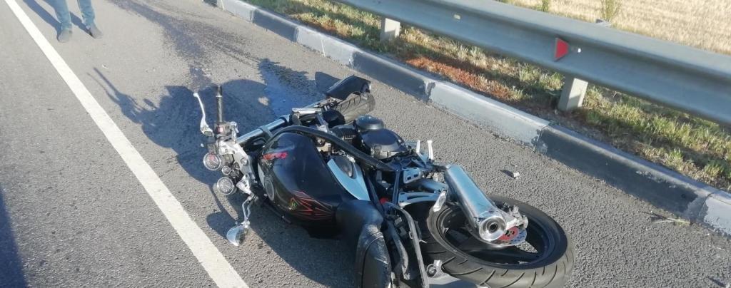 На белгородской трассе разбился мотоциклист, фото-1