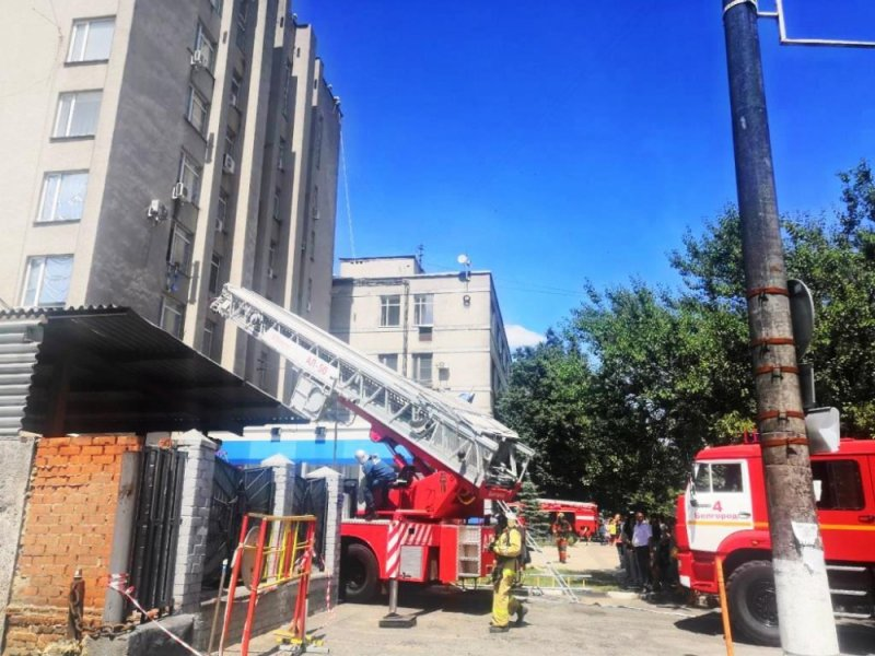 Пожар в здании налоговой службы в Белгороде оказался учебным, фото-1