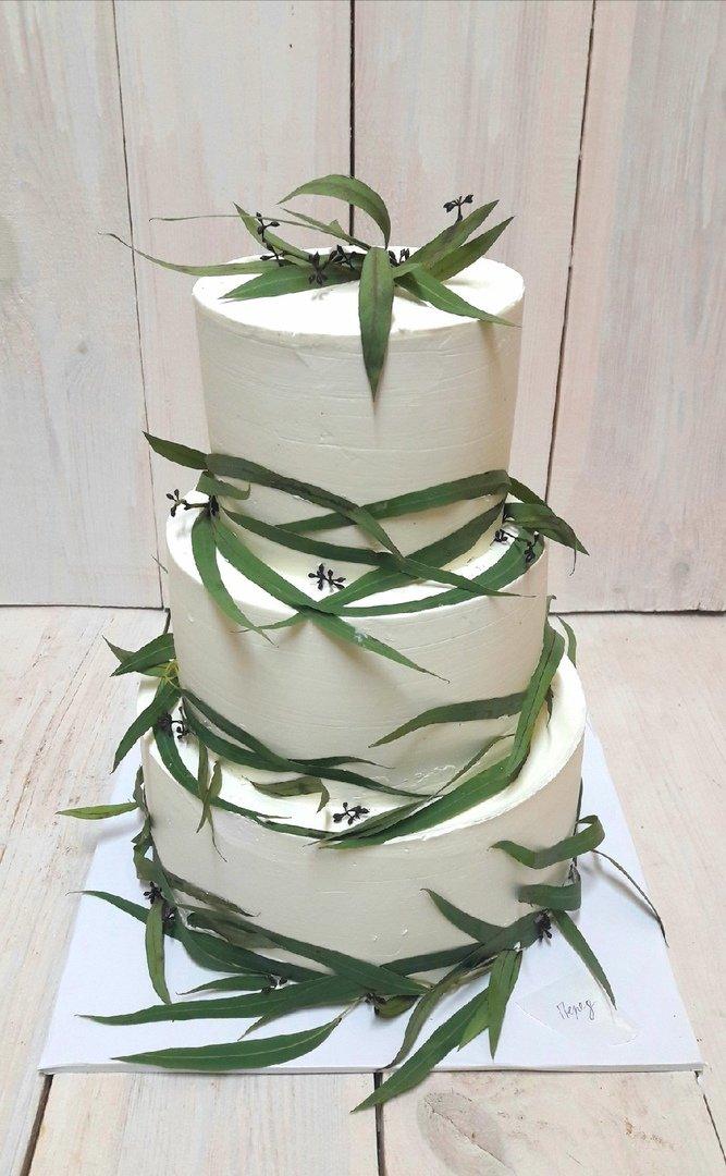 Студия дизайнерских тортов «Тортышка». Вишенка на свадебном торте, фото-7