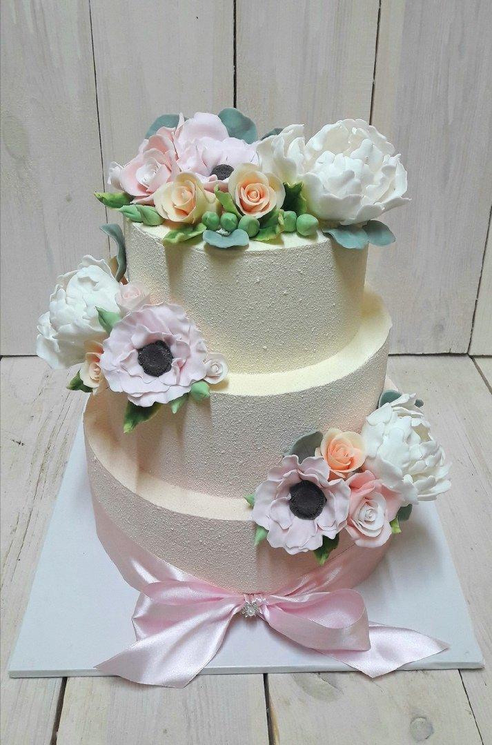 Студия дизайнерских тортов «Тортышка». Вишенка на свадебном торте, фото-13