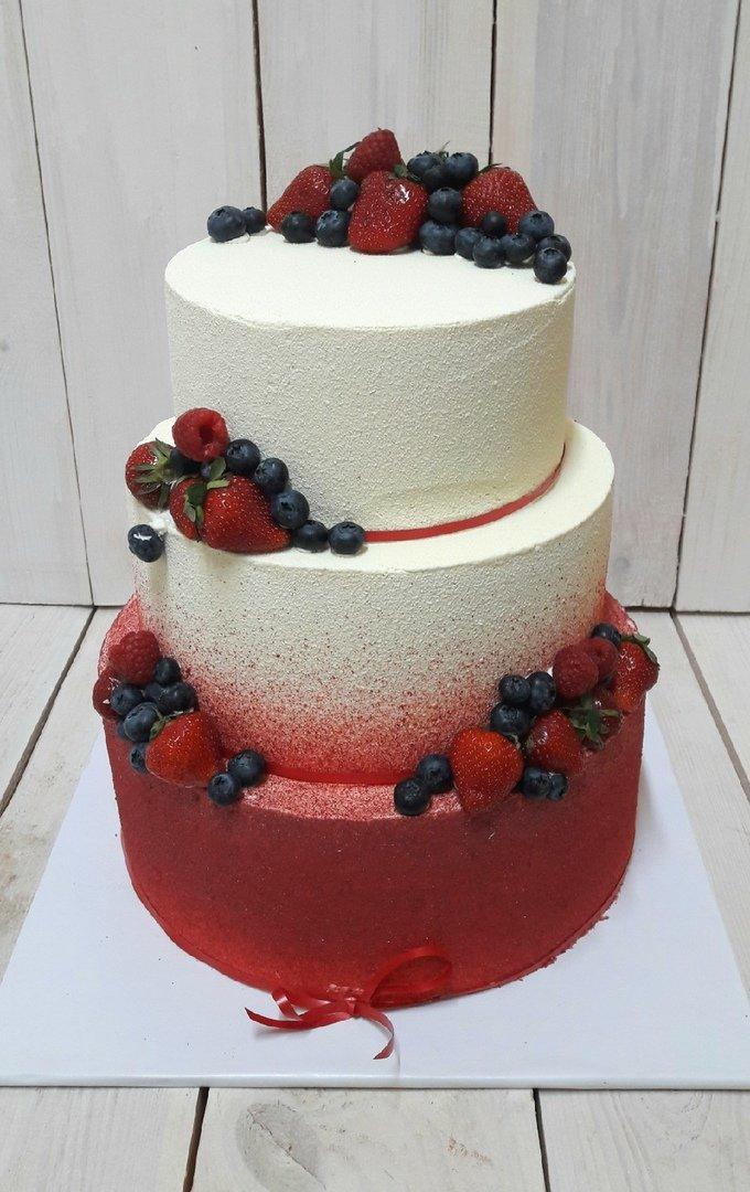 Студия дизайнерских тортов «Тортышка». Вишенка на свадебном торте, фото-14