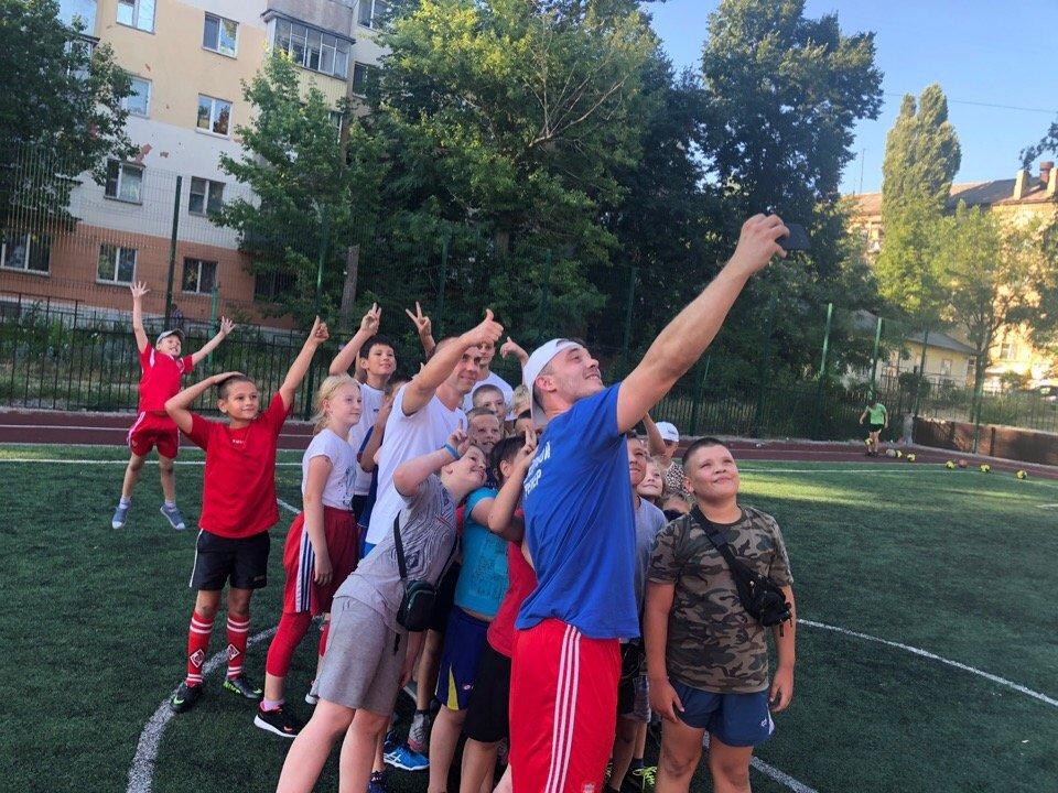 Сергей Фуглаев принял участие в тренировке детей по программе «Дворовый тренер» , фото-7
