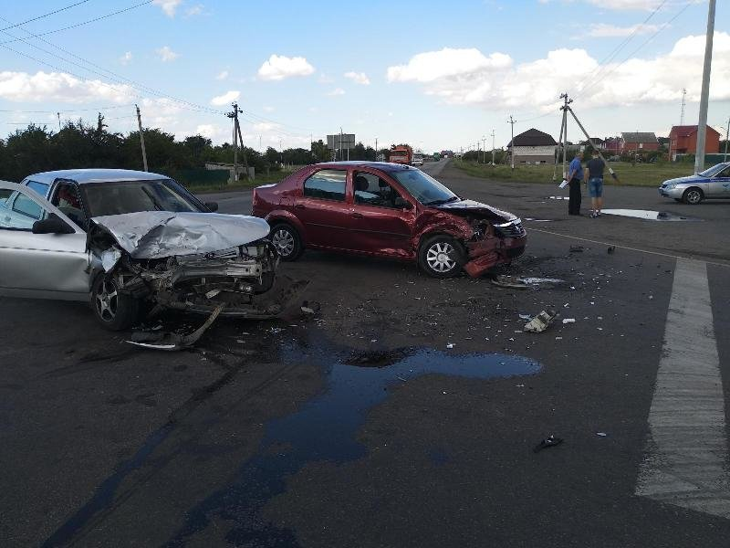 В Алексеевке перевернулся водитель «Мицубиси Галант», фото-1